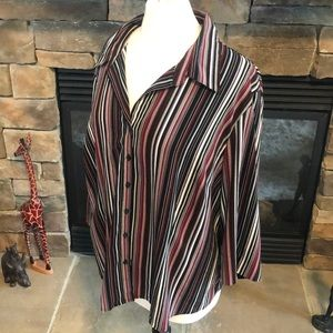 Beautiful plus size blouse by Covington size 20W